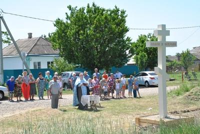 освящение поклонного креста в Северном