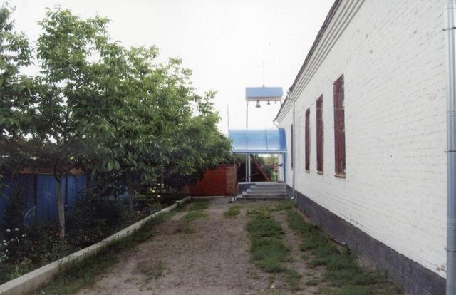 Свято-Казанский храм после ремонта навесов 09,07,2011г